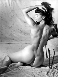 Bettie Page 113