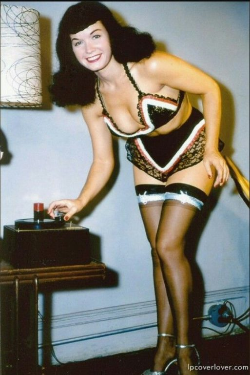 Bettie Page 131