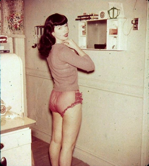 Bettie Page 142