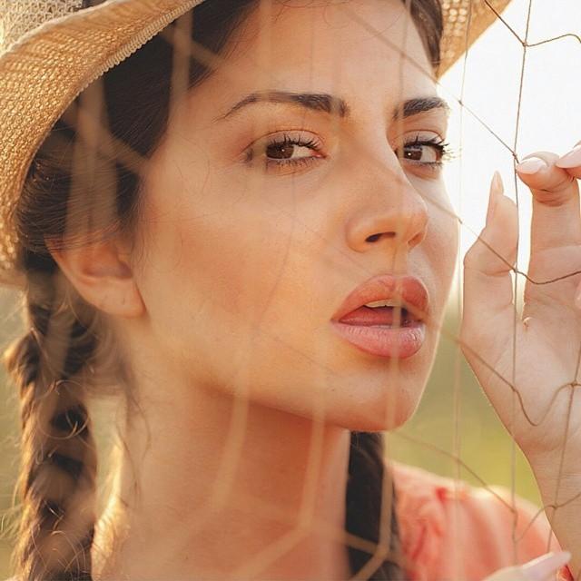 Anna Diamondopoulou 44