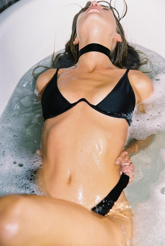 Avril Alexander 26