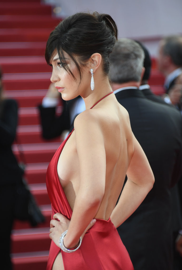 Bella Hadid cannes red carpet 30