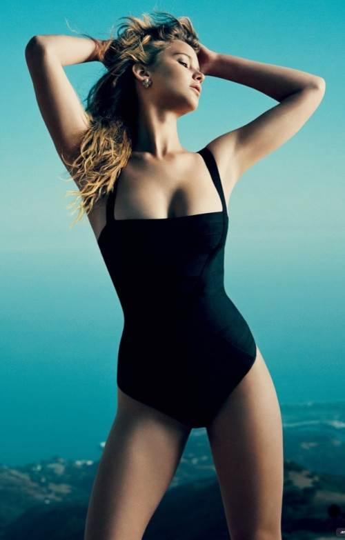 Jennifer Lawrence 35