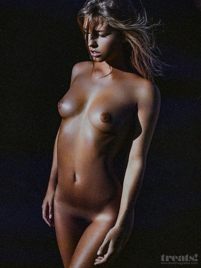 Marisa Papen 48