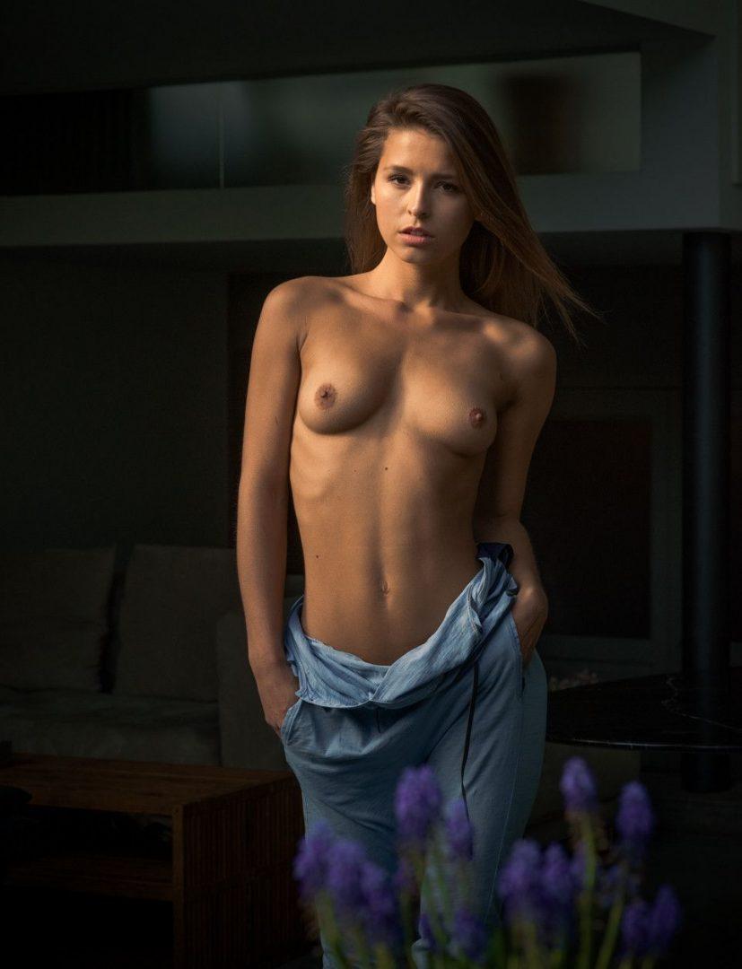 Marisa Papen 63