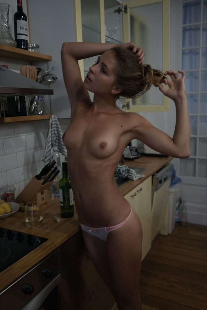 Marisa Papen 71