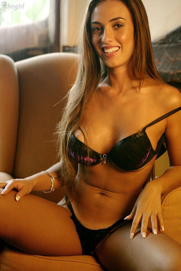 Nicole Bahls 48