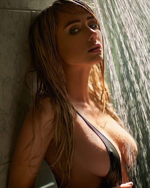 Sara Underwood 44