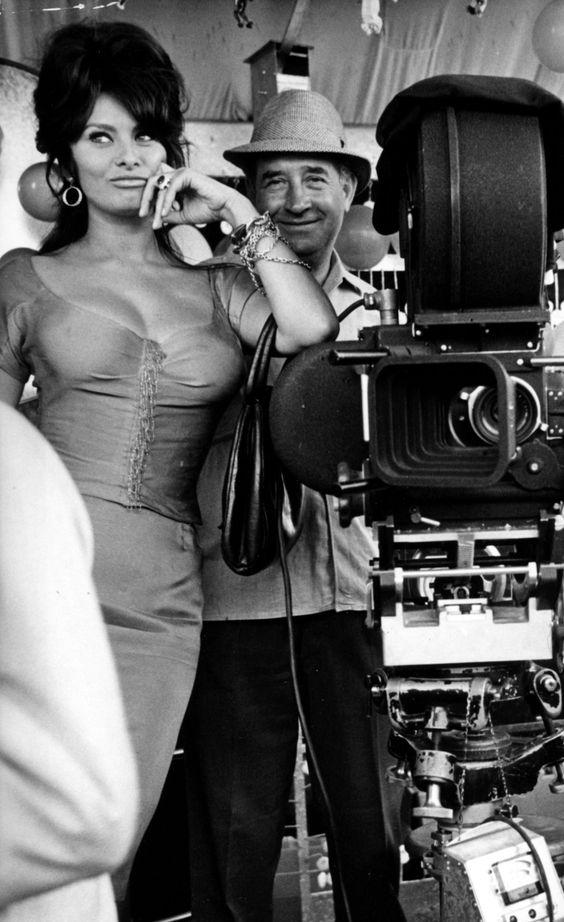 Sexy Sophia Loren 42