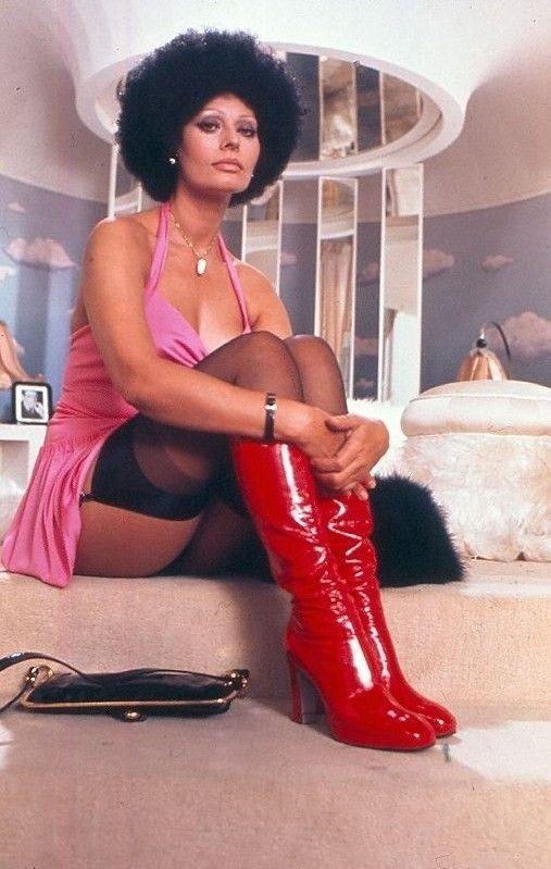 Sexy Sophia Loren 45