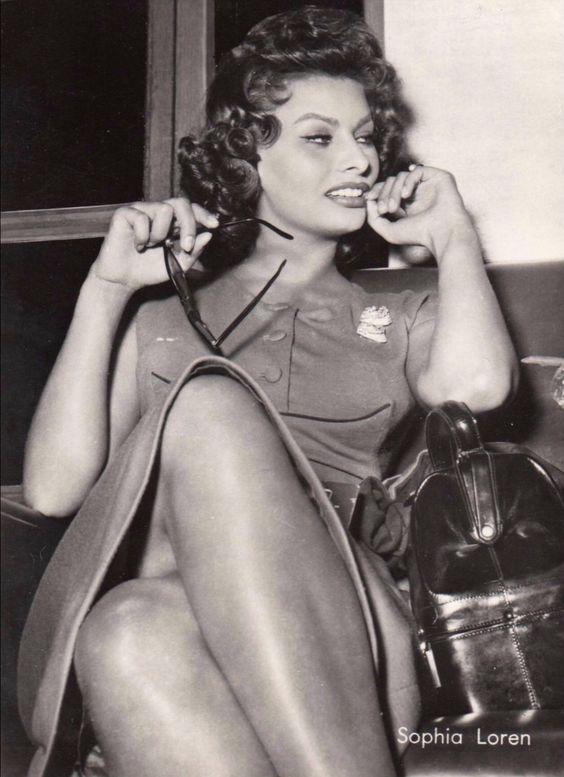 Sexy Sophia Loren 55