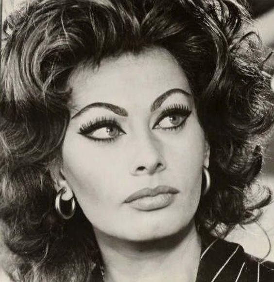 Sexy Sophia Loren 6