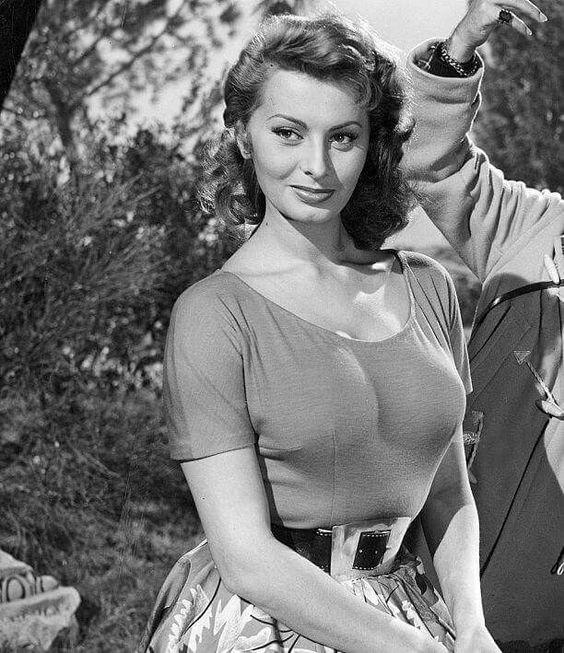 Sexy Sophia Loren 61