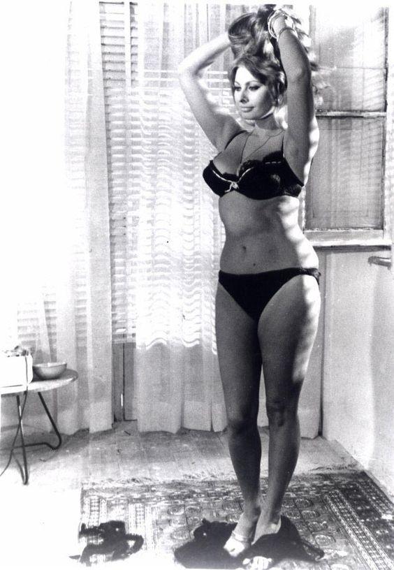 Sexy Sophia Loren 62