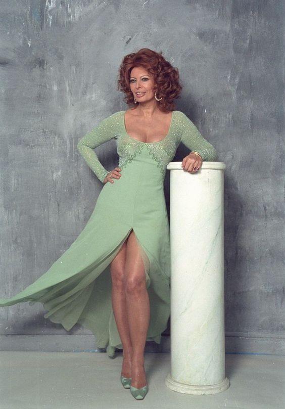 Sexy Sophia Loren 64