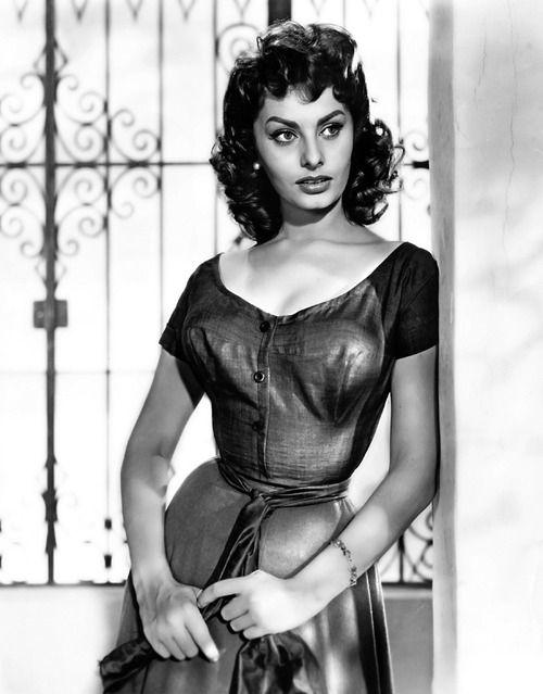 Sexy Sophia Loren 77