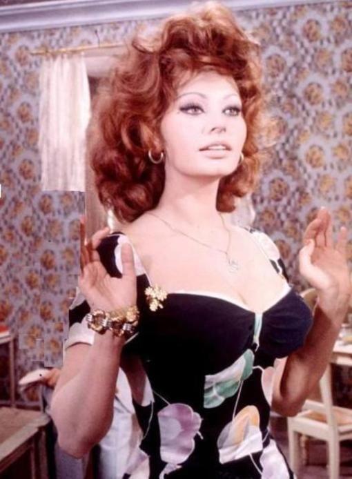 Sexy Sophia Loren 78