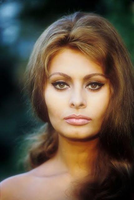 Sexy Sophia Loren 82