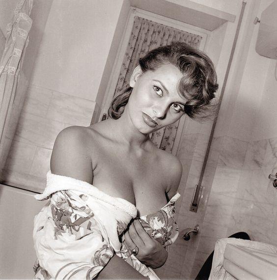 Sexy Sophia Loren 95