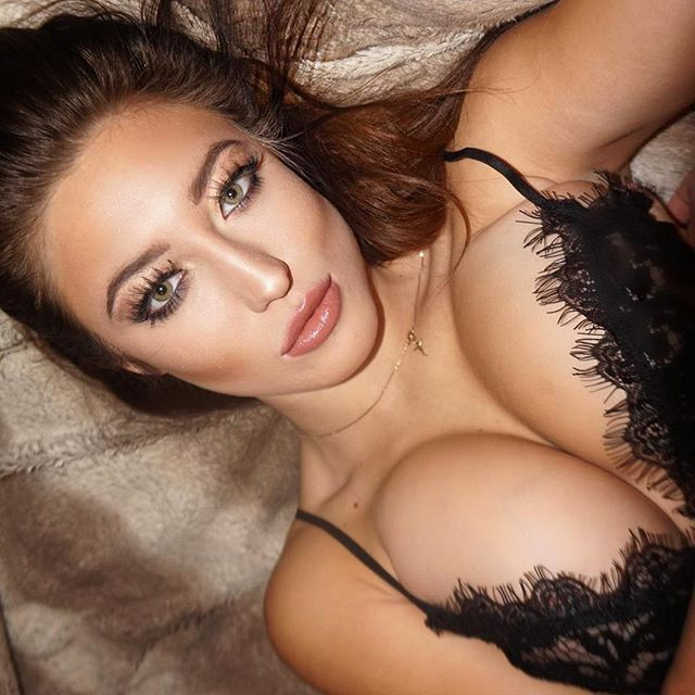Stefanie Knight 37
