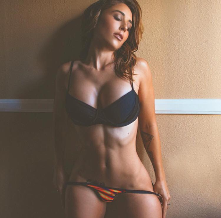 Tianna Gregory 33