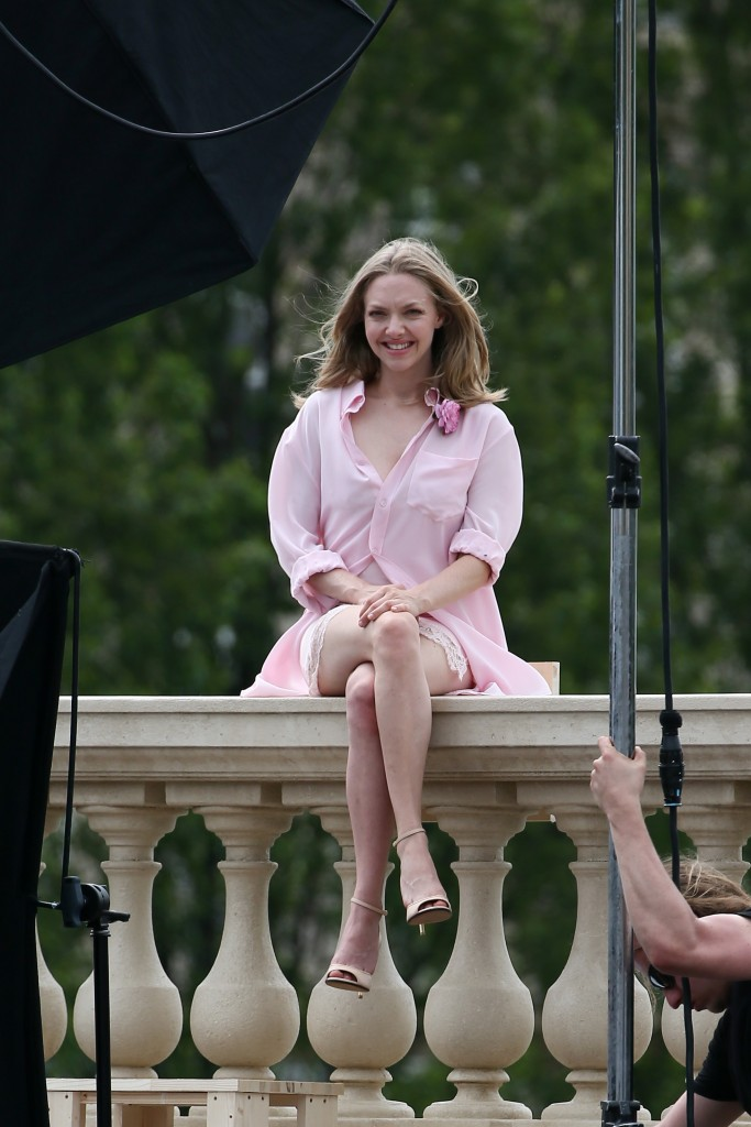 Amanda-Seyfried Paris 11