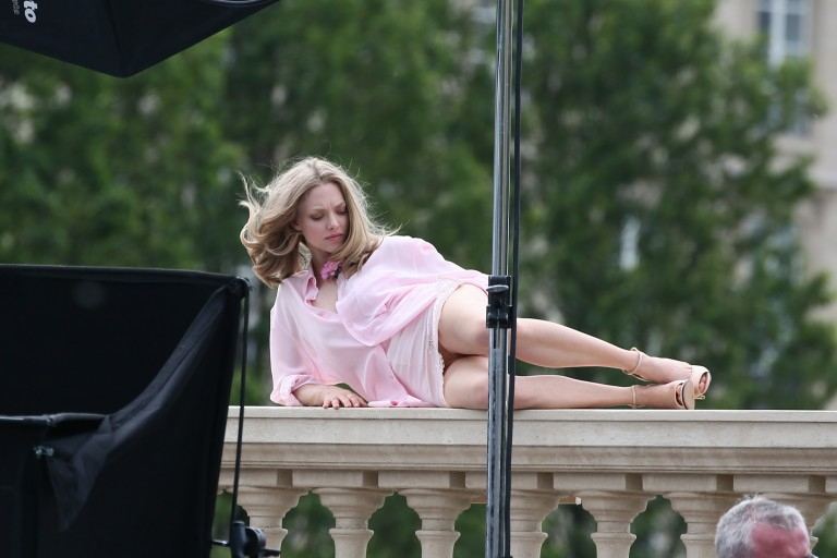 Amanda-Seyfried Paris 29