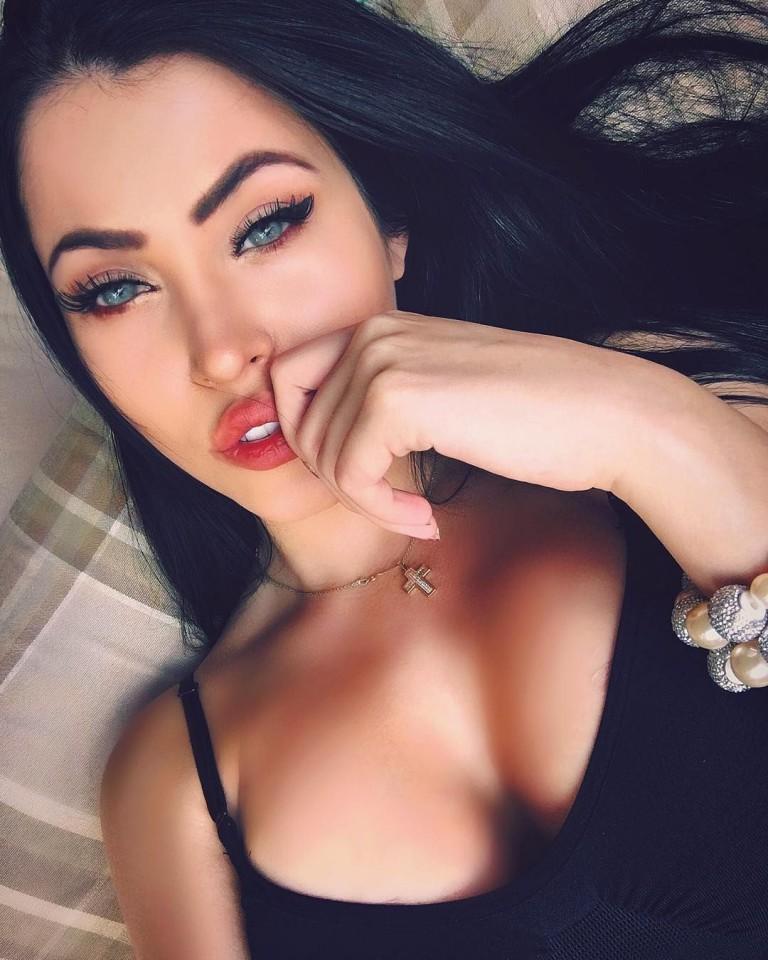 Claudia Alende 13