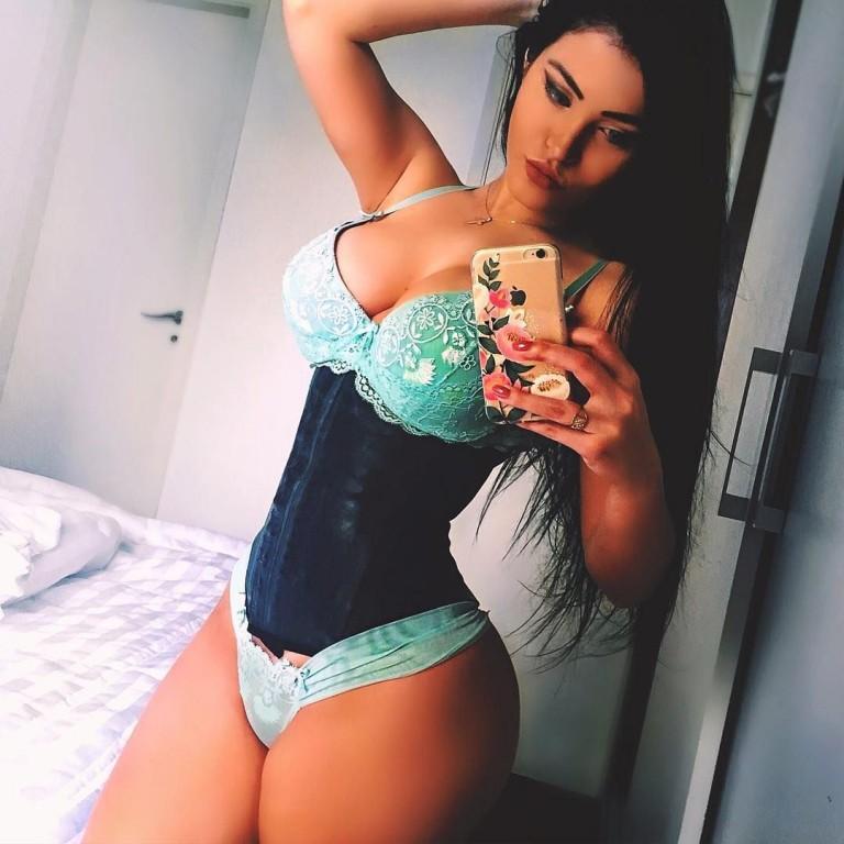 Claudia Alende 22