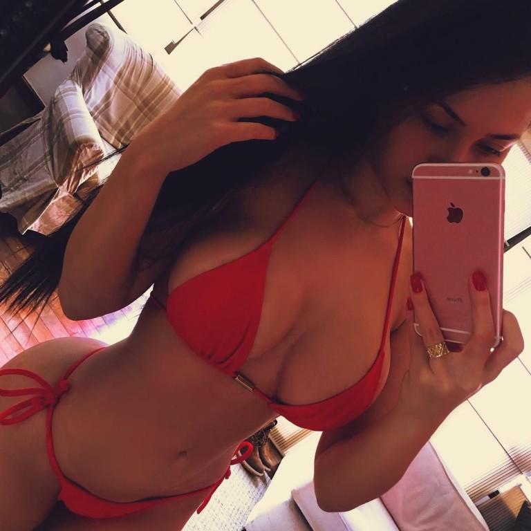 Claudia Alende 26