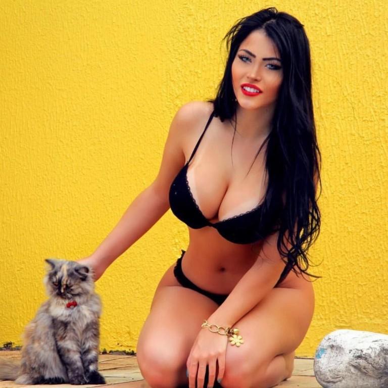 Claudia Alende 30