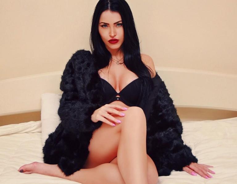 Claudia Alende 36