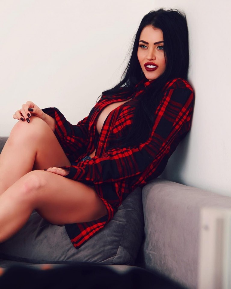 Claudia Alende 43