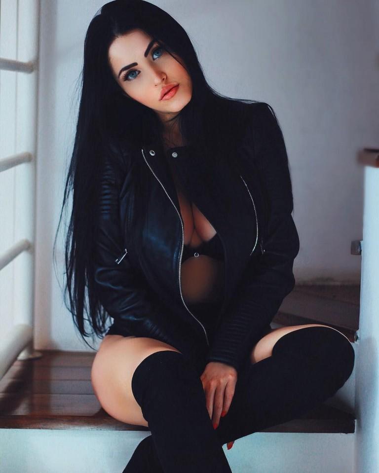 Claudia Alende 48