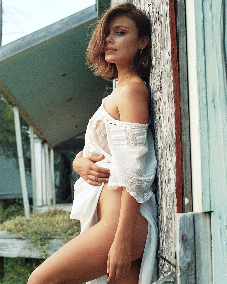 Nathalie Kelley 17