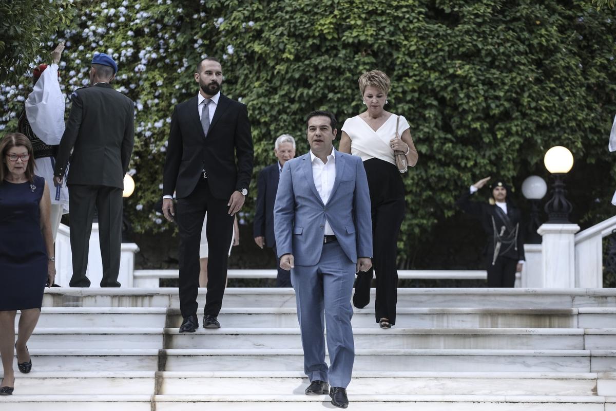 Reception for the 42nd anniversary of the restoration of Democracy in the garden of the Presidential Palace, in Athens, on July 24, 2016 / Δεξίωση για για την 42η επέτειο από την αποκατάσταση της δημοκρατίας στον κήπο του Προεδρικού Μεγάρου, στην Αθήνα, στις 24 Ιουλίου, 2016