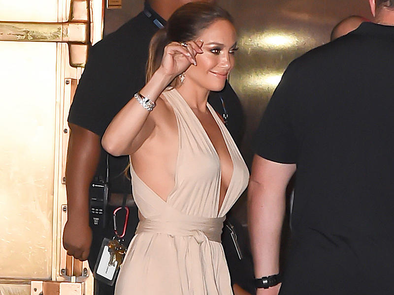 *EXCLUSIVE* New York, NY - *EXCLUSIVE* New York, NY - Triple threat, Jennifer Lopez, is seen leaving ex-husband, Marc Anthony's concert at Radio City Music Hall last night. This all comes about in the midst of Jennifer ending her romance with dancer Casper Smart. **SHOT ON 8/27/16** AKM-GSI August 28, 2016 To License These Photos, Please Contact : Maria Buda (917) 242-1505 mbuda@akmgsi.com sales@akmgsi.com or Mark Satter (317) 691-9592 msatter@akmgsi.com sales@akmgsi.com www.akmgsi.com AKM-GSI 28 AUGUST 2016 To License These Photos, Please Contact : Maria Buda (917) 242-1505 mbuda@akmgsi.com or Mark Satter (317) 691-9592 msatter@akmgsi.com sales@akmgsi.com