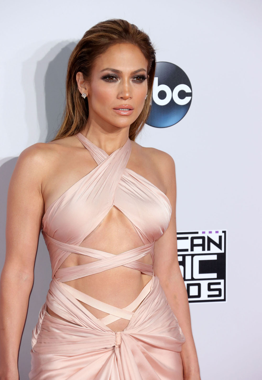 51593640 Celebrities arriving at the 2014 American Music Awards at the Nokia Theatre in Los Angeles, California on November 23, 2014. Celebrities arriving at the 2014 American Music Awards at the Nokia Theatre in Los Angeles, California on November 23, 2014. Pictured: Jennifer Lopez FameFlynet, Inc - Beverly Hills, CA, USA - +1 (818) 307-4813
