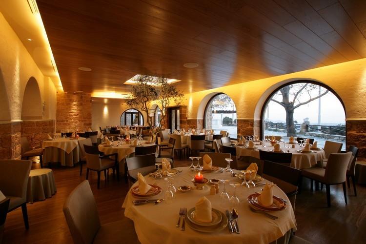 elaias-gh-restaurant-4