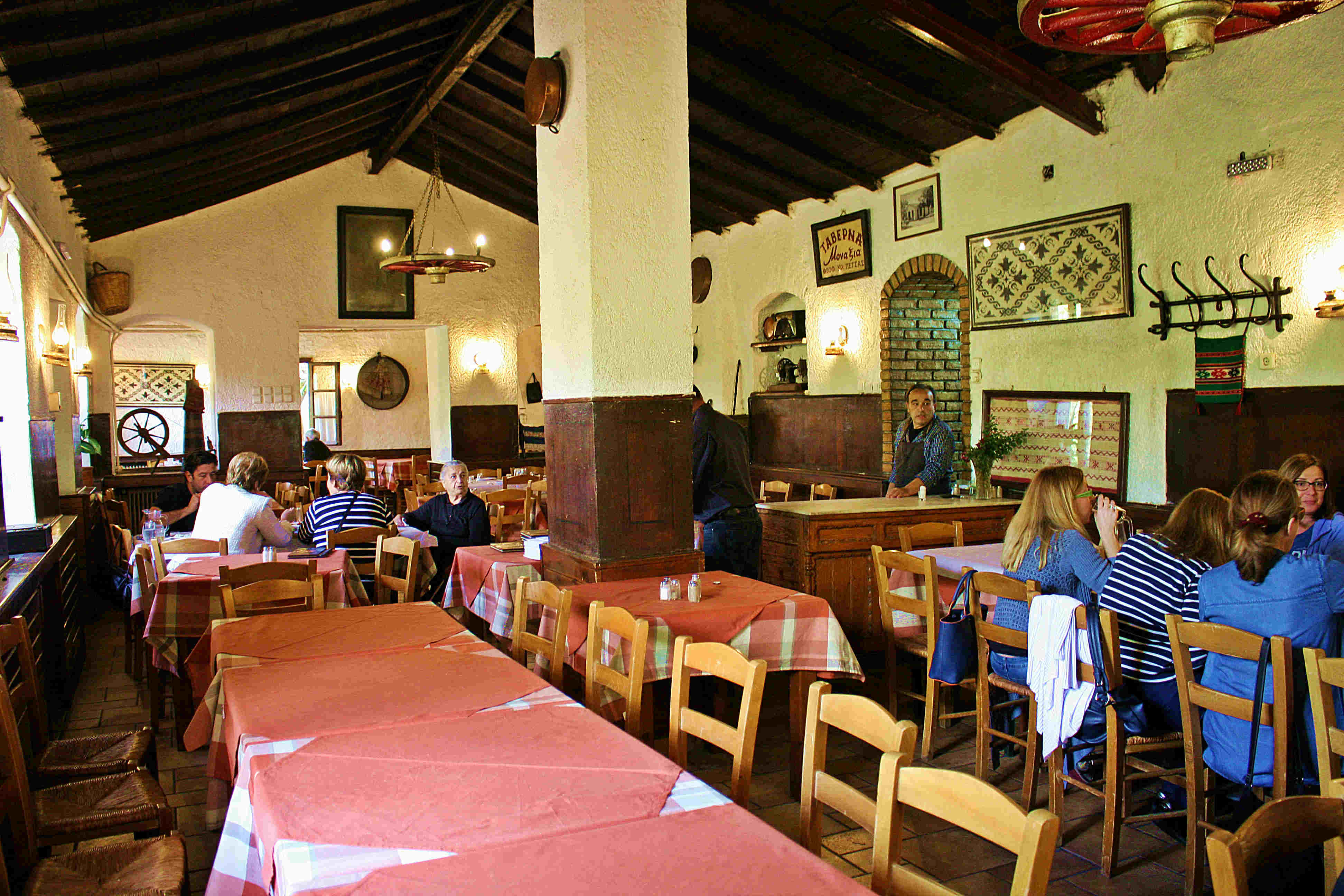 theofilos-tavern-2