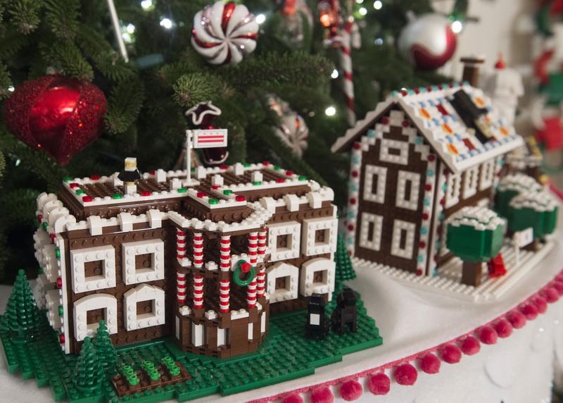 white-house-christmas-deco-3