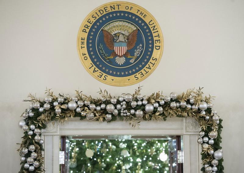 white-house-christmas-deco-7