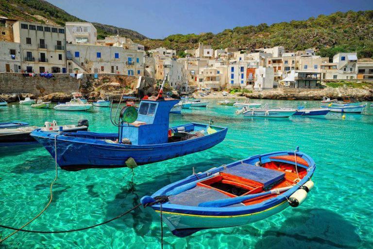 3 ελληνικές παραλίες
