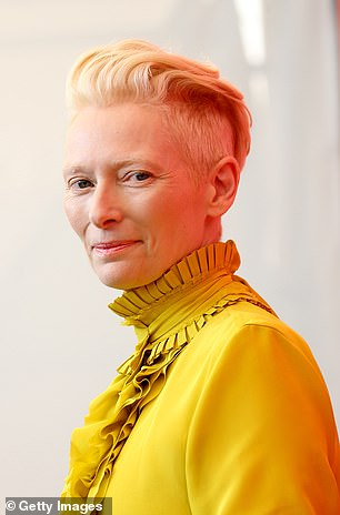 https://www.dailymail.co.uk/news/article-6267481/Tilda-Swinton-reveals-82-year-old-man-starred-alongside-new-movie.html